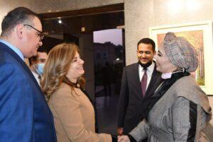 افتتاح معرض الفنانة حسناء رمضان