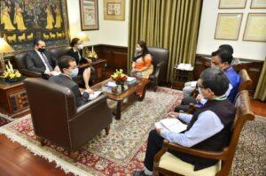 سفيرة مصر بنيودلهي تلتقي وزيرة الدولة للشئون الخارجية ووزيرة الدولة للثقافة