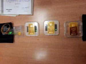 جمارك مطار القاهرة الدولي تضبط 3 محاولات تهرب جمركي لعدد من السبائك الذهبية وأكياس حلوى بالمخدرات ومنظار