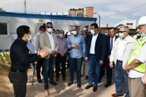 محافظ الفيوم ونائب وزير الإسكان يتفقدان الأعمال الإنشائية لتطوير محطة مياه قحافة
